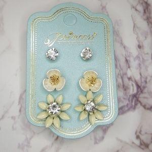 White Trio earrings set